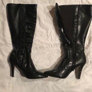 Black high heeled boots